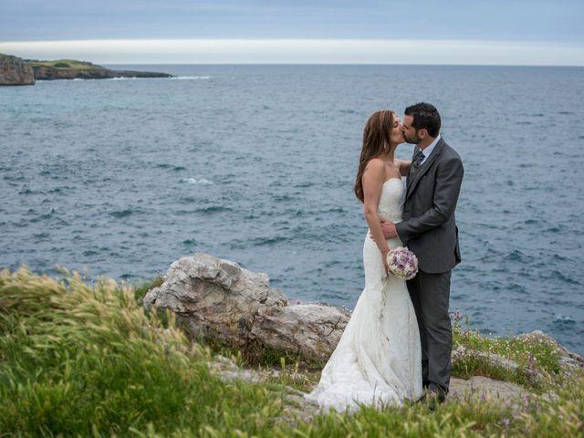 La boda de Joseba y Maialen en Santurtzi, Vizcaya 52