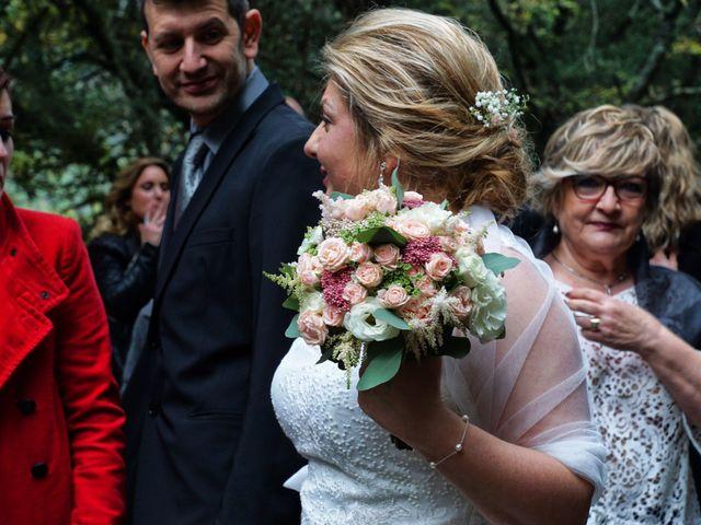 La boda de Alex y Lidia en Canet D'adri, Girona 27