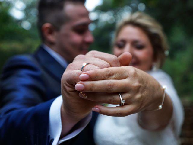 La boda de Alex y Lidia en Canet D'adri, Girona 31