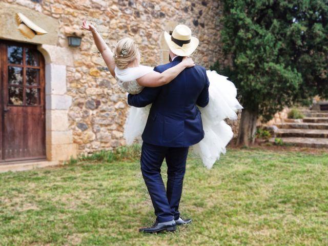 La boda de Alex y Lidia en Canet D'adri, Girona 35
