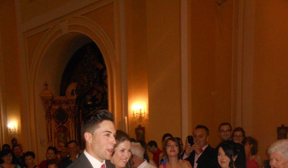 La boda de Javier y María José en Fuenlabrada, Madrid