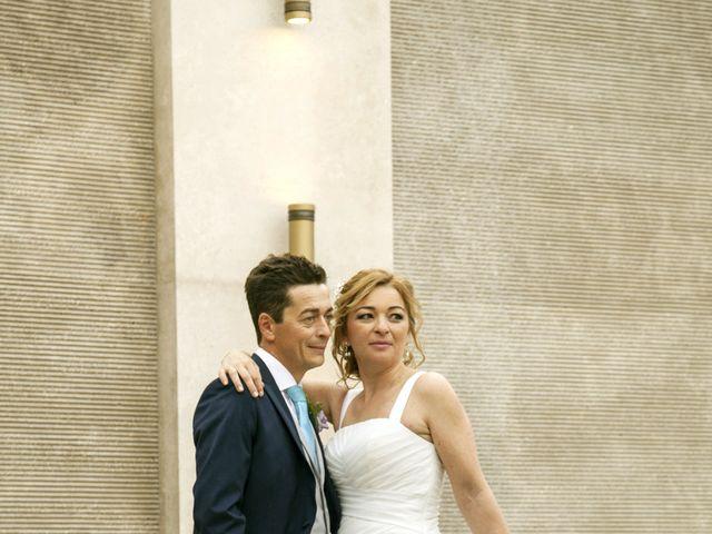 La boda de Emilio y Sonia en Fuenlabrada, Madrid 21