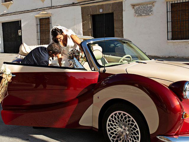 La boda de Raquel y Jose Antonio en Montemolin, Badajoz 14