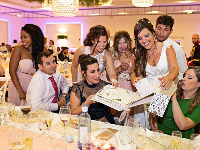 La boda de Raquel y Jose Antonio en Montemolin, Badajoz 30