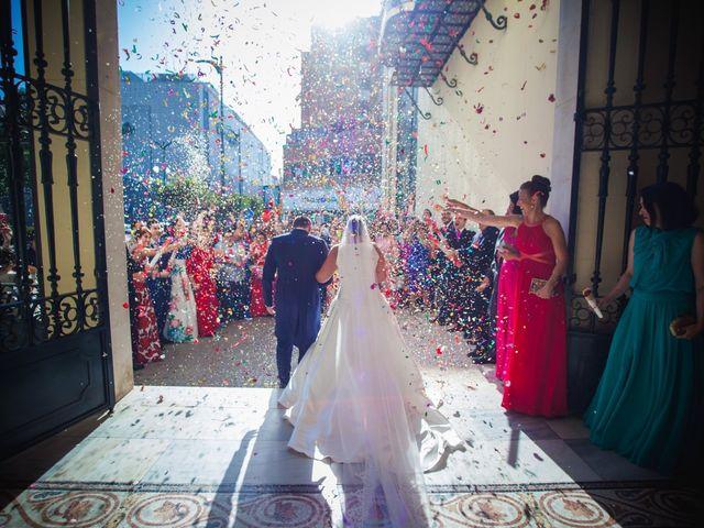 La boda de Miguel y Isabel en Málaga, Málaga 11