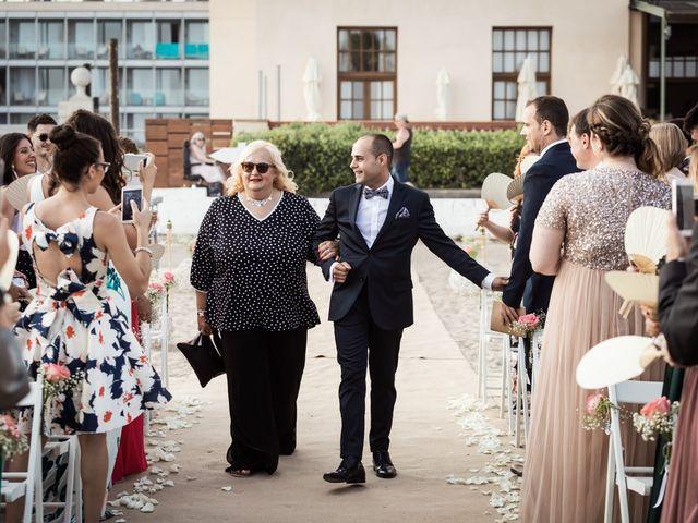 La boda de Dídac y Raquel en El Vendrell, Tarragona 25