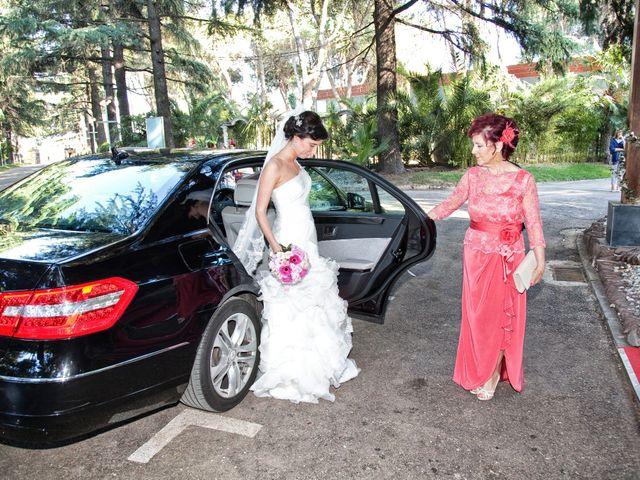 La boda de Adrián y Sara en Madrid, Madrid 23