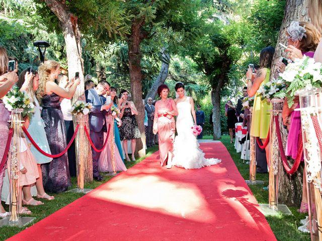 La boda de Adrián y Sara en Madrid, Madrid 25