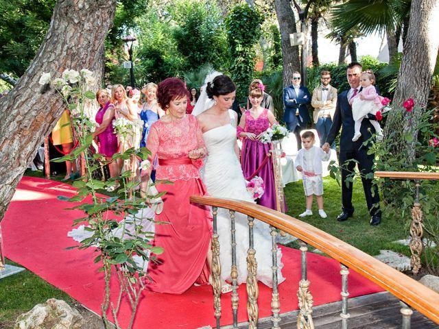 La boda de Adrián y Sara en Madrid, Madrid 27