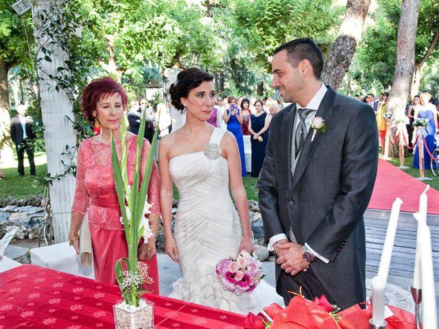 La boda de Adrián y Sara en Madrid, Madrid 29