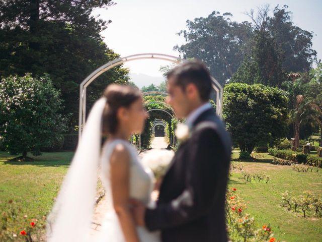 La boda de Felipe y Almudena en Vigo, Pontevedra 19