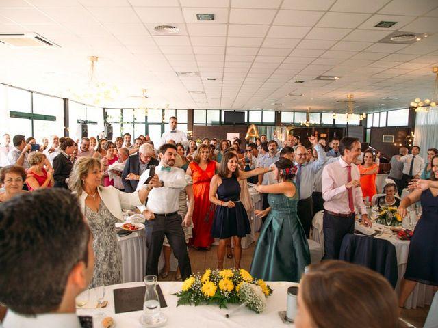 La boda de Felipe y Almudena en Vigo, Pontevedra 34
