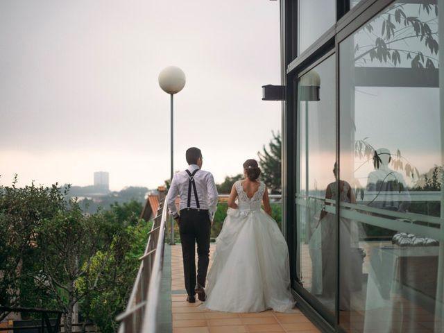 La boda de Felipe y Almudena en Vigo, Pontevedra 37