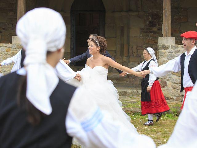 La boda de Javi y Garbiñe en Bakio, Vizcaya 12