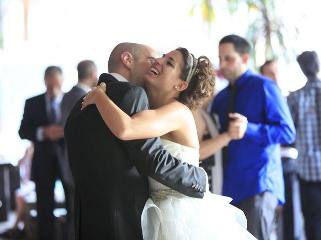 La boda de Javi y Garbiñe en Bakio, Vizcaya 32