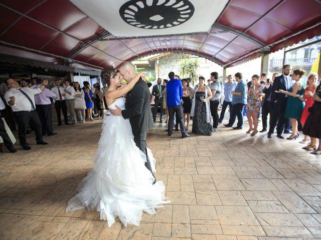 La boda de Javi y Garbiñe en Bakio, Vizcaya 33