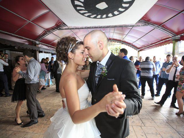 La boda de Javi y Garbiñe en Bakio, Vizcaya 34