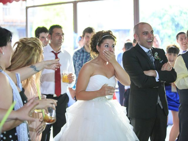 La boda de Javi y Garbiñe en Bakio, Vizcaya 36