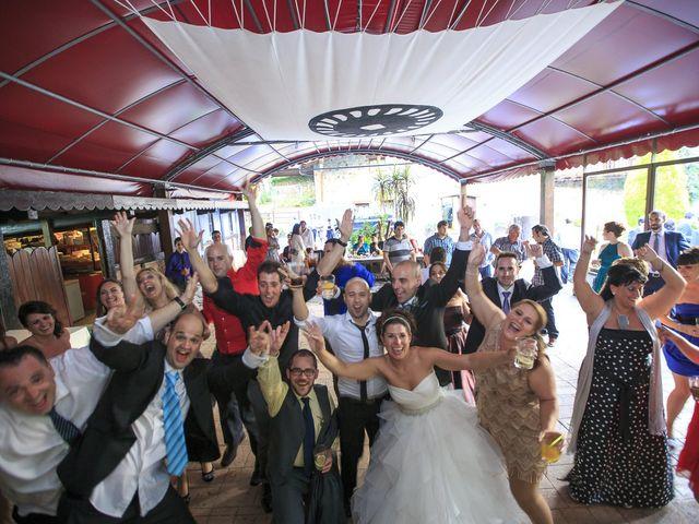 La boda de Javi y Garbiñe en Bakio, Vizcaya 37