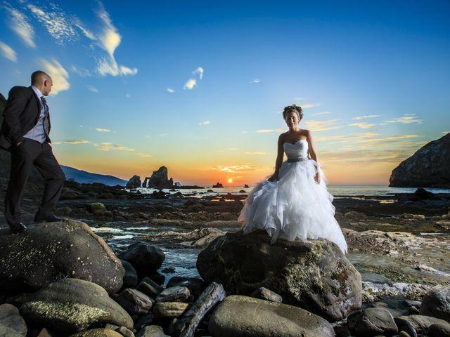 La boda de Javi y Garbiñe en Bakio, Vizcaya 1