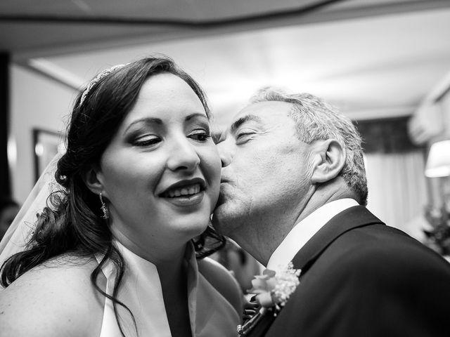 La boda de John y Patricia en Zaragoza, Zaragoza 24