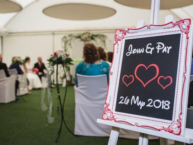 La boda de John y Patricia en Zaragoza, Zaragoza 33