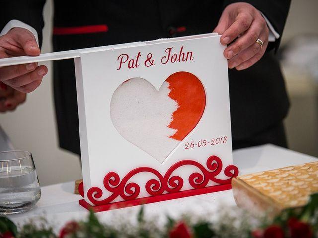 La boda de John y Patricia en Zaragoza, Zaragoza 39