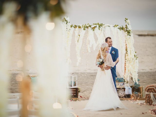 La boda de Antonio y Cristina en La Manga Del Mar Menor, Murcia 90