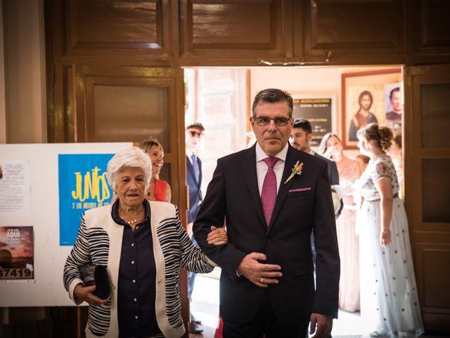 La boda de Jordi y Alba en Alacant/alicante, Alicante 17