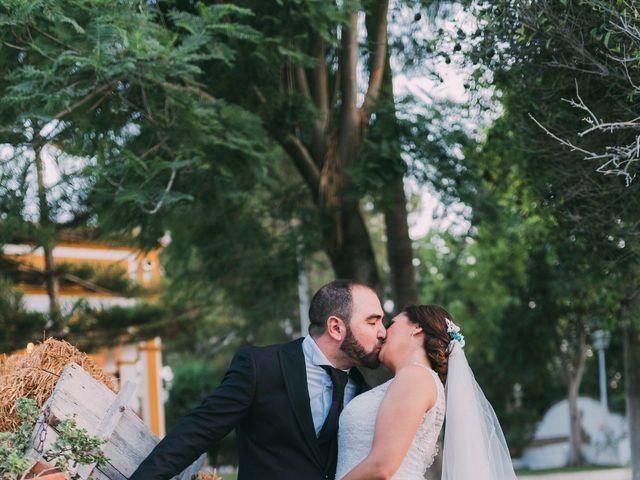 La boda de Jonathan y Sonia en Dos Hermanas, Sevilla 6