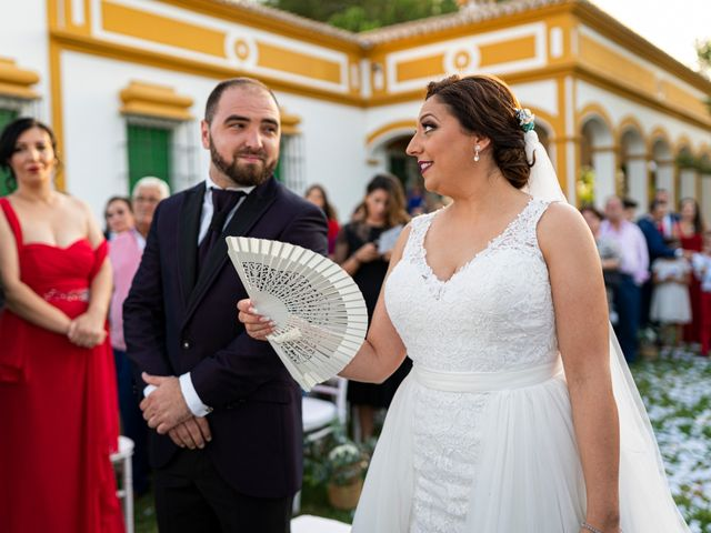 La boda de Jonathan y Sonia en Dos Hermanas, Sevilla 28
