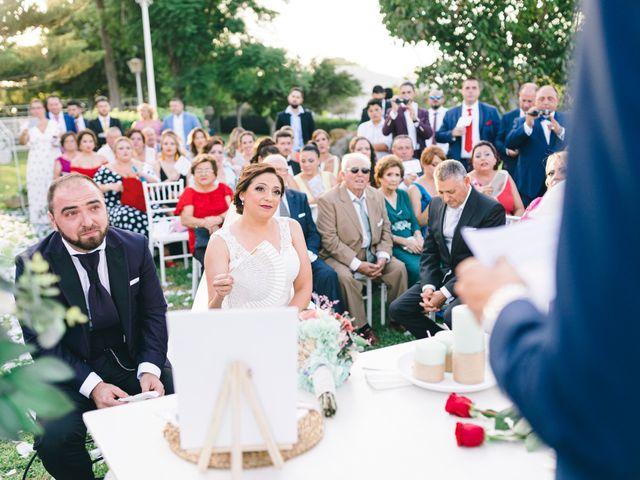 La boda de Jonathan y Sonia en Dos Hermanas, Sevilla 31