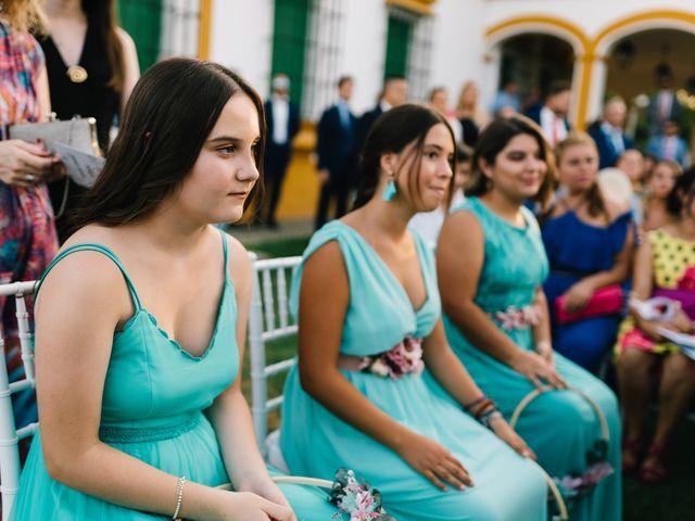 La boda de Jonathan y Sonia en Dos Hermanas, Sevilla 35