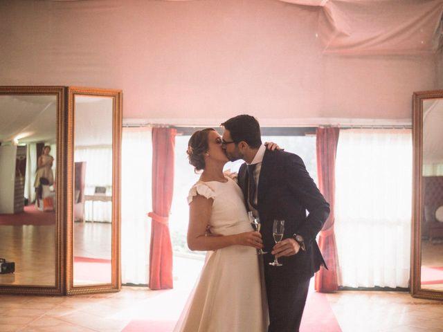 La boda de Juan y Isabel en Redondela, Pontevedra 35
