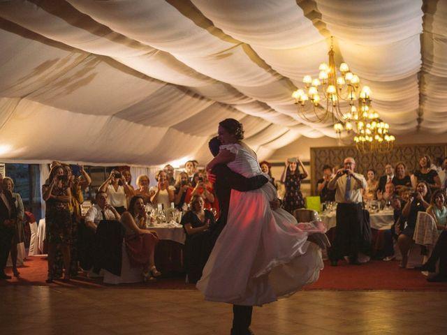 La boda de Juan y Isabel en Redondela, Pontevedra 38