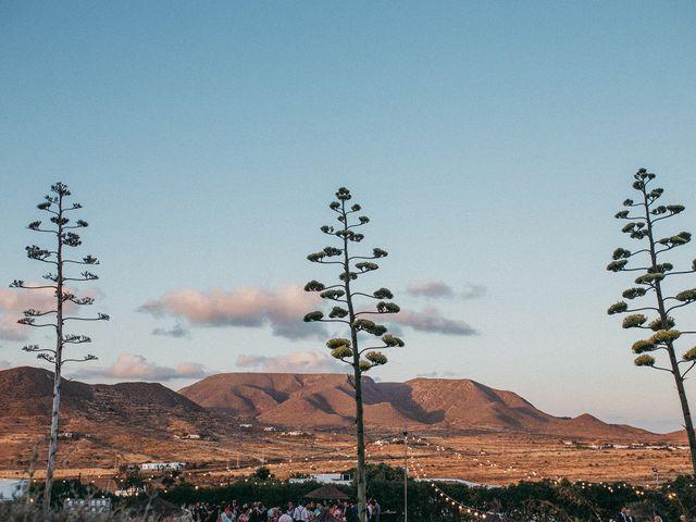 La boda de Ufa y Carmen en El Cabo De Gata, Almería 102