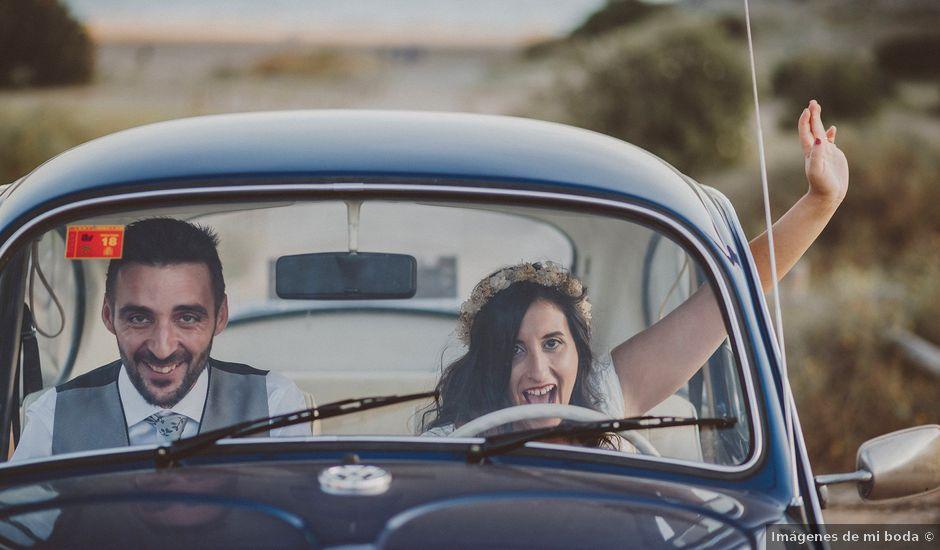 La boda de Ufa y Carmen en El Cabo De Gata, Almería
