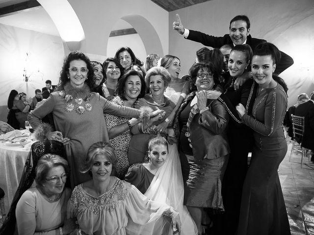 La boda de Elias y Encarni en Los Palacios Y Villafranca, Sevilla 187