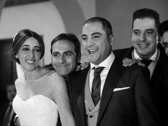 La boda de Elias y Encarni en Los Palacios Y Villafranca, Sevilla 189