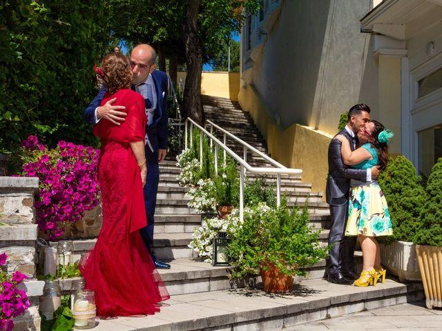 La boda de Rafa y Marc en Ponferrada, León 25
