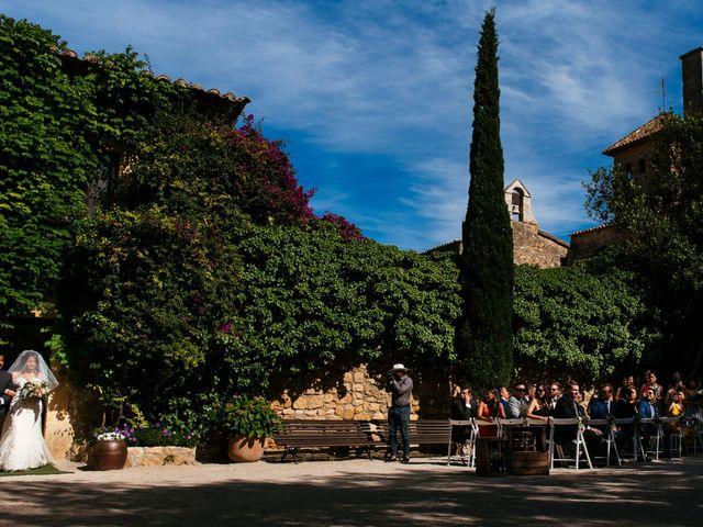 La boda de Paul y Carolina en Tarragona, Tarragona 17