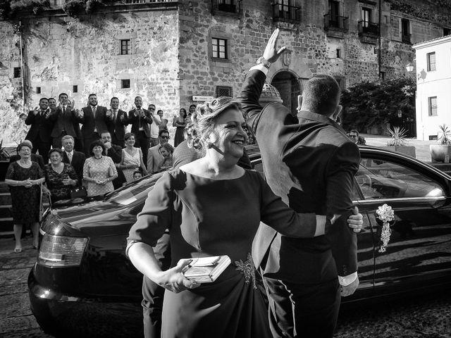 La boda de Alberto y Lorena en Plasencia, Cáceres 47