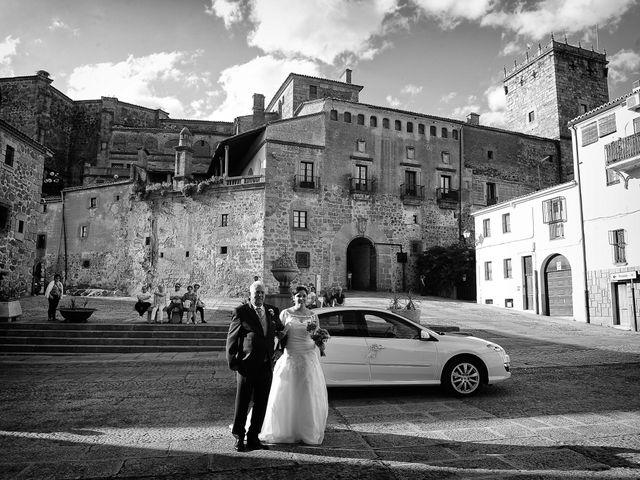 La boda de Alberto y Lorena en Plasencia, Cáceres 51