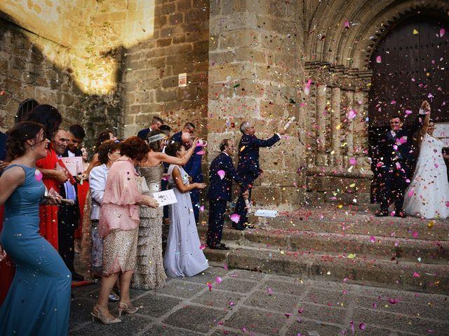 La boda de Alberto y Lorena en Plasencia, Cáceres 61