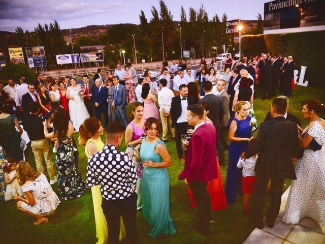 La boda de Alberto y Lorena en Plasencia, Cáceres 73