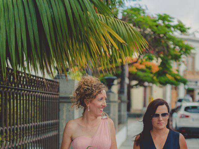 La boda de Zeneida y Cathaysa en Telde, Las Palmas 14