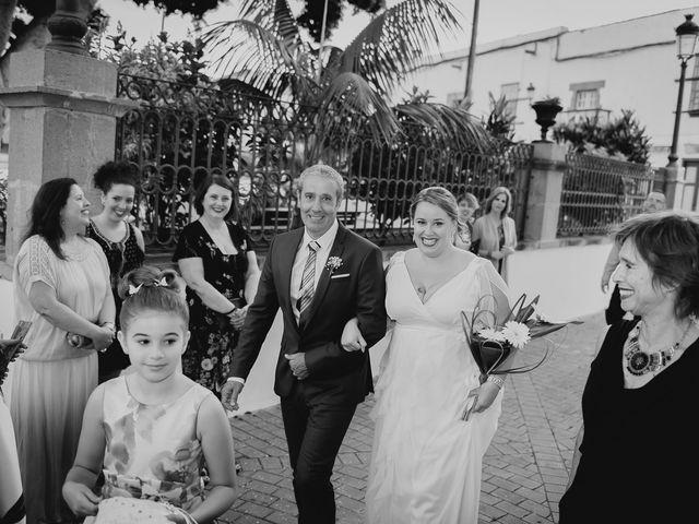 La boda de Zeneida y Cathaysa en Telde, Las Palmas 16