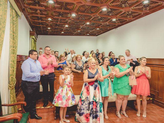 La boda de Zeneida y Cathaysa en Telde, Las Palmas 25