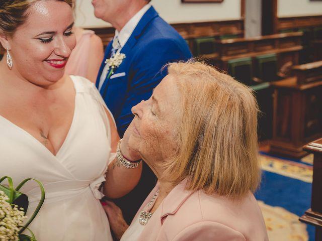 La boda de Zeneida y Cathaysa en Telde, Las Palmas 26