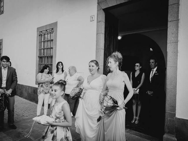 La boda de Zeneida y Cathaysa en Telde, Las Palmas 29